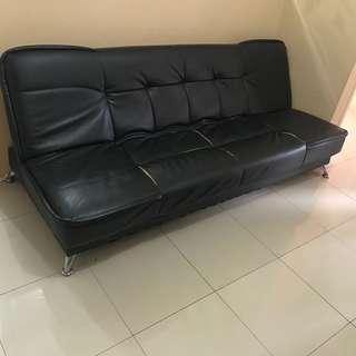 Sofa kulit 2 fungsi