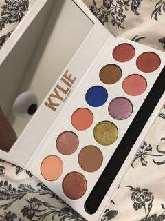The royal Peach palatte kyshadow