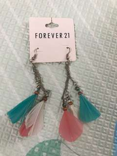 Earings feather