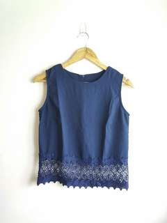 Sleeveless Top with lace trimming