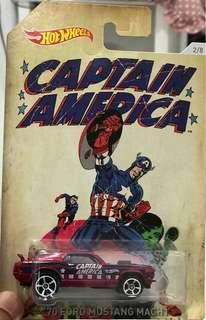 Die cast car Captain America