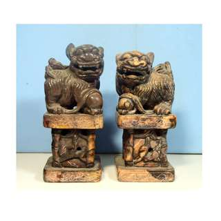 Antique Rare Shoushan Stone foo dogs pedestal pair hand carved circa 1930s