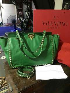 Authentic Grade Valentino Garavani Rockstud Bag with Sling - Green