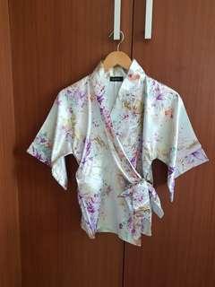 Atasan kimono motif bunga - kimono top - atasan wanita bahan satin