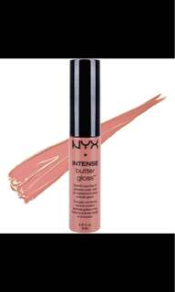 🚚 NYX Intense Butter Gloss (Tres Leches)