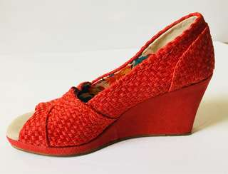 Women's TOMS Red Peep Toe Basket Weave Wedge Size 7.5 W