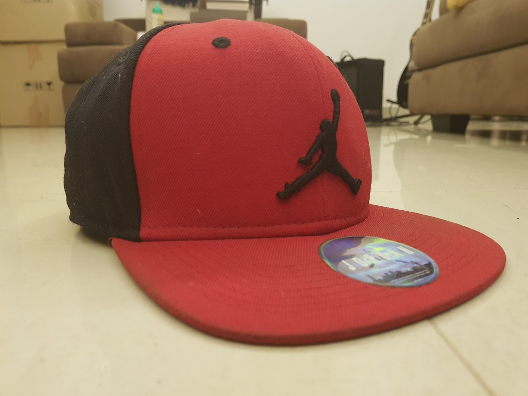 7cfc5b27788 100% Original Air Jordan Cap Snapback, Men's Fashion, Accessories on ...
