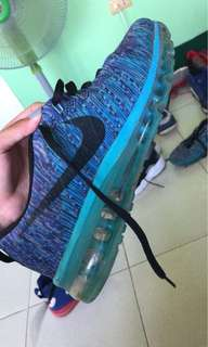 Authentic Nike Flyknit Max