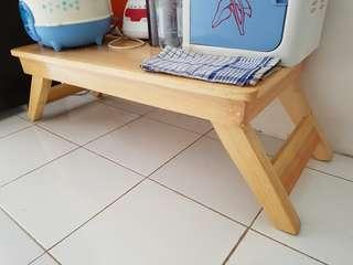 Meja lipat kayu belanda