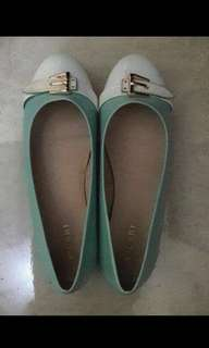 Sepatu Flatshoes Vicari
