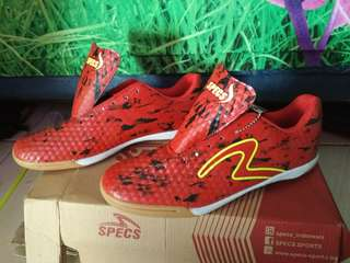 Sepatu futsal / olah raga specs