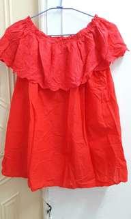 紅色綿質上衣