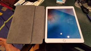 Apple iPad Pro 9.7 inch 128GB Wifi + Celluar