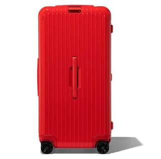 "RIMOWA ESSENTIAL Trunk Plus 31"" 832.80.65.4 Red Gloss 明星紅 7200,今年一定大紅✌🏼"