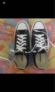 sepatu converse all star black & white