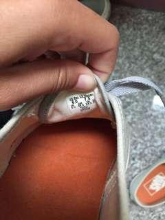 🚚 Vans 帆布鞋