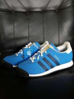 Boy's Adidas Samoa sneakers