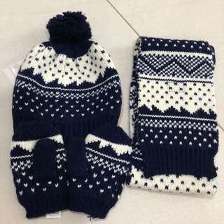 Winter Set from Mark and Spencer- WITH POSTAGE