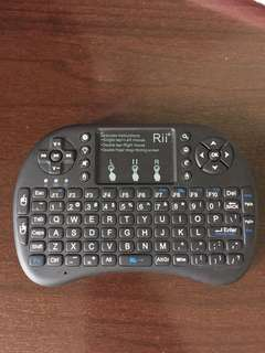 Rii mini i8 keyboard and mouse combo