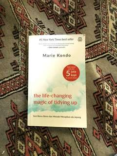 The life changing magic of tiding up - marie kondo