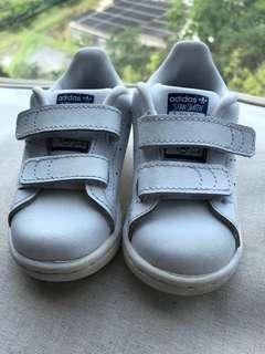 (9成新) Adidas波鞋 (US5K, 12cm)