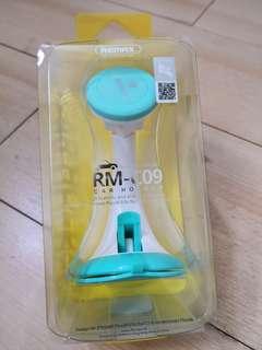 Remax carholder/phoneholder