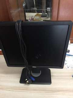 Monitor Dell with stand