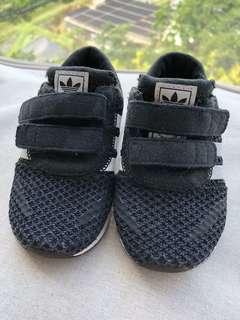 (9成新) Adidas波鞋 (US5.5K, 12cm)