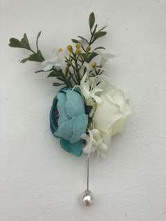 Artificial Boutonniere with Pearl