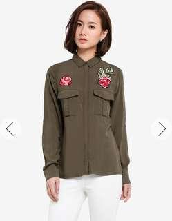 Brandnew Zalora floral patch shirt