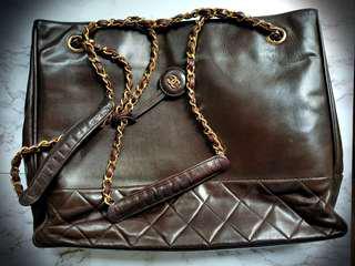 Chanel Vintage Bag (dark brown)