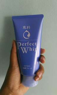 Face wash shiseido senka perfect whip