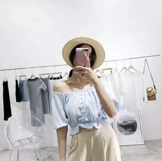 [PO 093] Off Shoulder buttoned down ruffled bottom crop Top PO