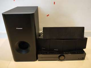 Pioneer Speakers System with Woofer. DVD player included