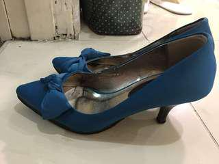 Blue heels with ribbon