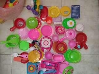100pcs mainan masak-masakan anak