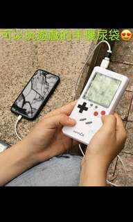 手機尿袋, 俄羅斯方塊還有26種遊戲可以一邊充電一邊玩遊戲😍10000mah有意聯繫。