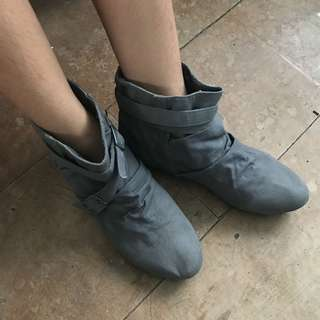 GRAY BOOTS FOR SALE