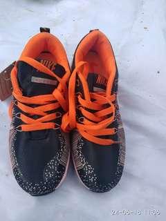 Sepatu Nike Vietnam