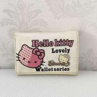 Broken White Hello Kitty Small Wallet