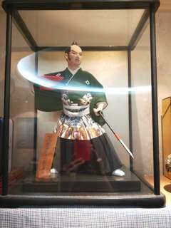Mint condition and Authentic. Vintage & Exquisite Antique Japanese Samurai figure