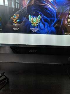 🚚 League of legend platinum one account