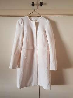 H&M White Coat Size 4/XXS (fits 6/XS perfectly)