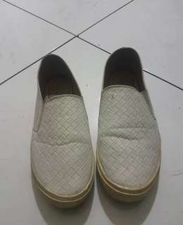 Slip on white