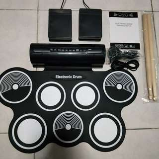 🚚 Electronic Drum Set Portable 7 Pads with Speaker in-built