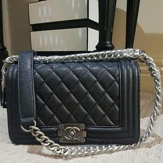 Non authentic CHANEL bag *FREE POSTAGE