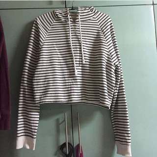 H&M CROPPED HOODIE/SWEATER