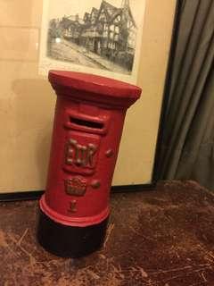歐洲 紅色 復古 郵筒 鑄鐵材質