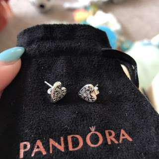 Pandora bangle & studs