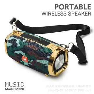 NEW JBL portabLe speaker